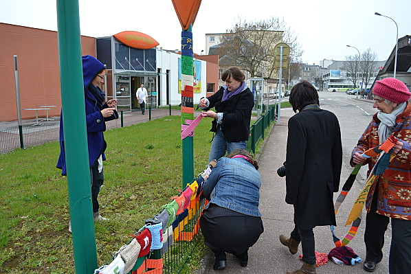 Yarn-bombing-Limoges 0544